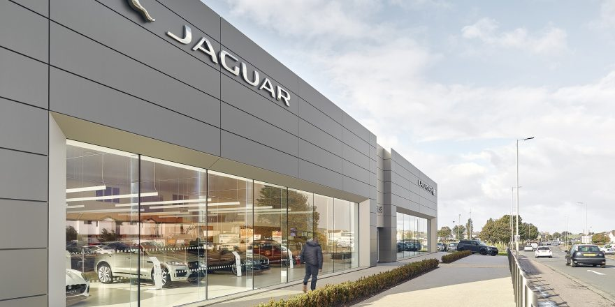 NEW JAGUAR LAND ROVER ARCH FACILITY OPENS IN AYR